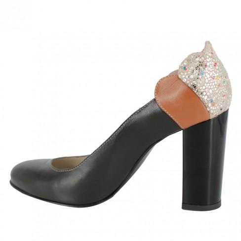 Pantofi LAELIA maro trabuc